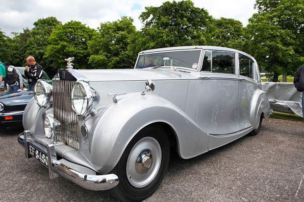 1948_Rolls_Royce_Silver_Wraith_Freestone_Webb_Coachwork