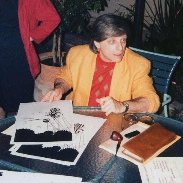 800px-Harlan_Ellison_at_the_LA_Press_Club_19860712